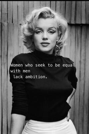 Una leggera sferzata femminista. Marylin Monroe in black &white.